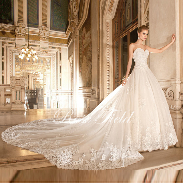 SL-020398 Luxurious  Wedding Dress A-line Sweetheart Appliqued Lace Detachable Cathedral Train Bridal Gown 2016