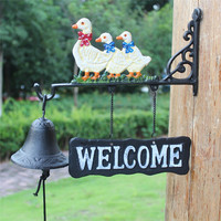 Europe Mascot Wrought Iron Dinner Bell Three Duck Welcome Rural Garden Wall Mounted Hanging Decor Kids Room Decoration Door Bell