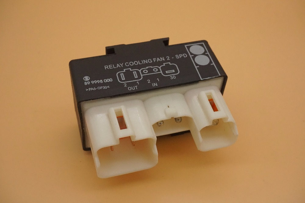 Cooling Fan Control Switch Relay 9442933 9442934 For Volvo