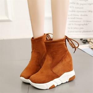 Image 4 - COOTELILI נשים קרסול מגפי פלטפורמות נעלי אישה עקבים גבוהים בתוך גובה הגדלת פו זמש מגפי תחרה עד נעלי ספורט 35 39