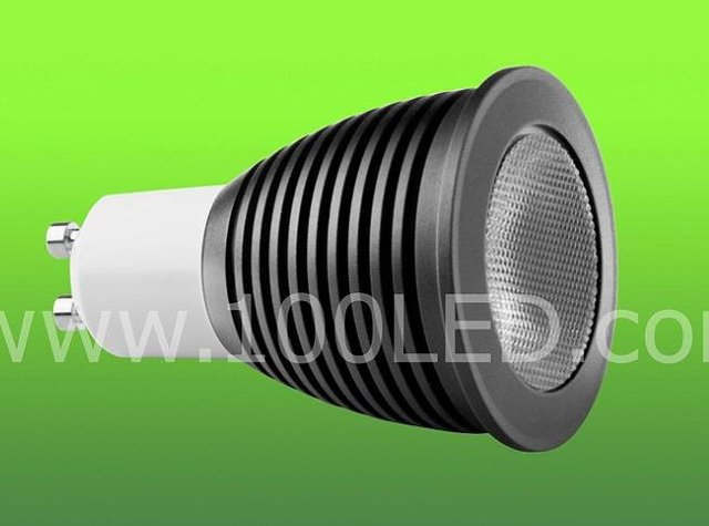 1*3W triac dimmable led spot light;white color; 260-350LM