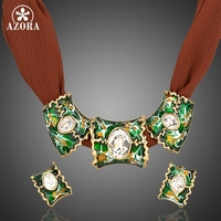 AZORA Stellux Multicolor de Color Oro Pendientes De Clip y 3 unids Charm Pendant Necklace Sets TG0005