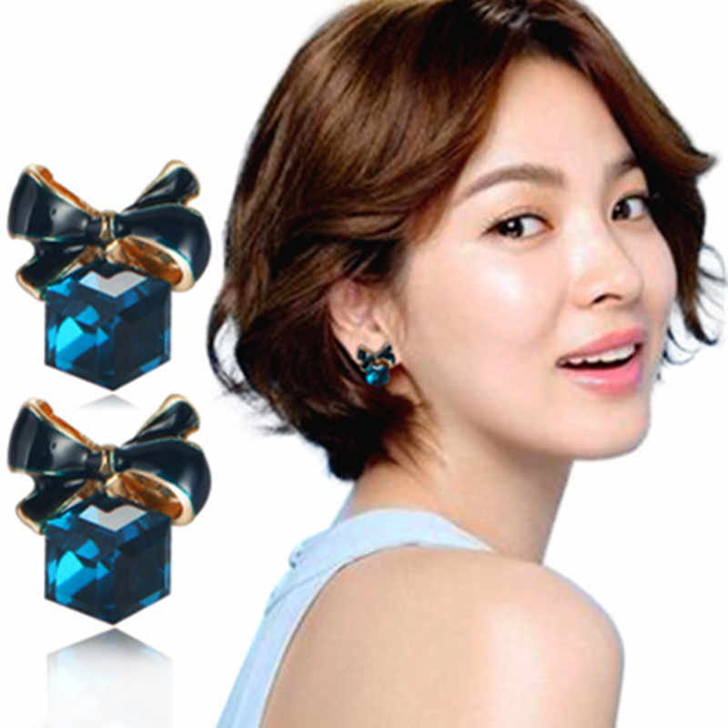 2019 Fashion High Quality Chic Shimmer bow knot Cubic Green Blue Crystal Earrings Rhinestone Stud Earrings For Women pendientes