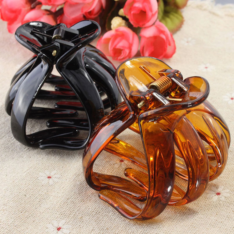 Plastic Octopus Claw Hair Clip Handle Hairpin Accessory For Women Lady Styling Tools Curved Design Heart Shape Solid Fashion 9356 women hair clip fashion hair claw black hairpin hair accessories for women simple hair crab clamp 2 7 2cm 12pcs lot