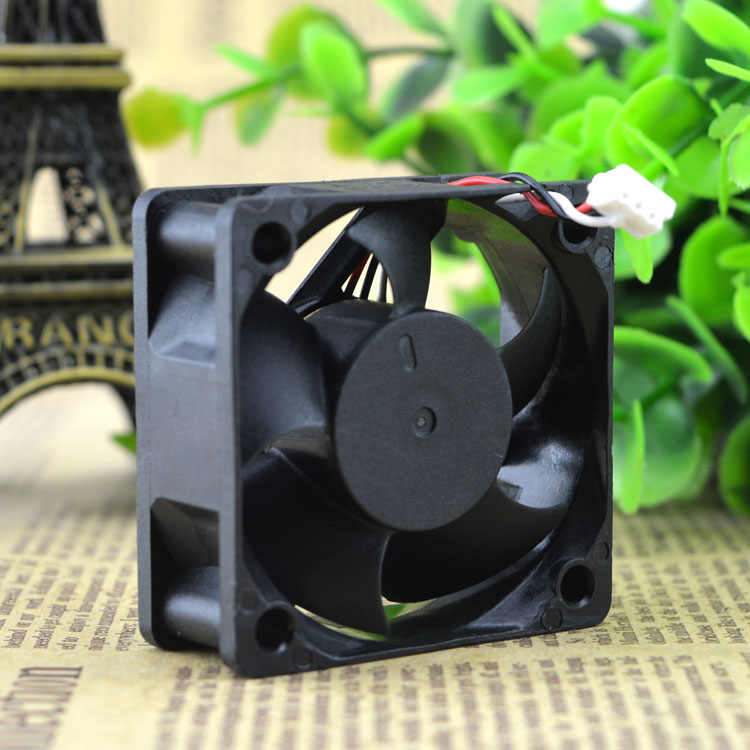 Nuevo ventilador inversor de tres hilos DS05020B24U 5020 24V 0.30A original