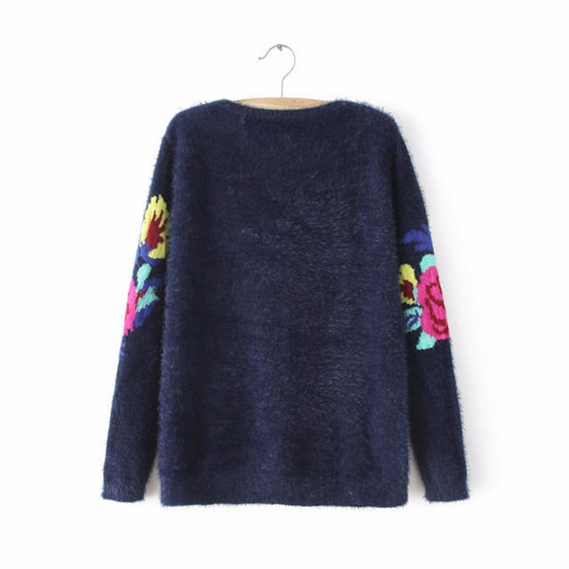 rose sweater 03