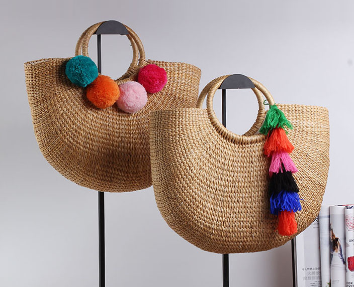 36x26CM Handmade Female Cotton And Linen Beach Weaving Ladies Straw Bag Wrapped Bag Moon shaped Bag
