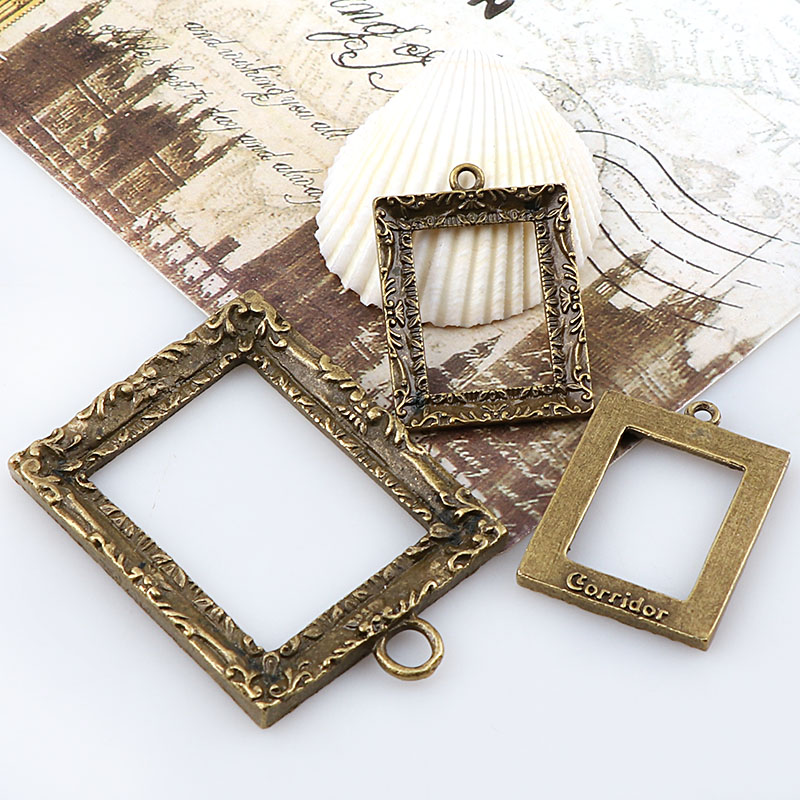 Vintage Rectangle Antique Bronze Metal Hollow Frame Glue Blank Connector Charms Pendant DIY Jewelry Findings Accessories vintage rectangle carving pattern hollow out body chain
