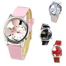 Kvalitní náramkové hodinky s výřezem Mickey Mouse