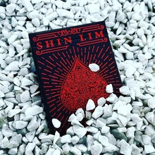1 Pcs Shin Lim Deck Playing Cards Poker Size EPCC Custom Limited Edition New Sealed Import Poker Magic Deck Props Magia Tricks