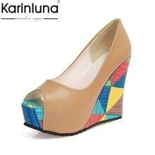 KARINLUNA Señora Marca Nueva Estampado Geométrico Tacones Altos Cuñas Mujer Zapatos de las mujeres Peep Toe de Plataforma Del Partido Bombas zapatos de Boda
