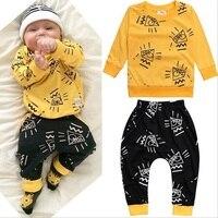 2017 neue jungen Kleidung Gesetzt Neugeborenen Kleinkind Yellow Farbe Langarm-shirt + Pant 2 stücke Baumwolle Kinder kleidung Anzug