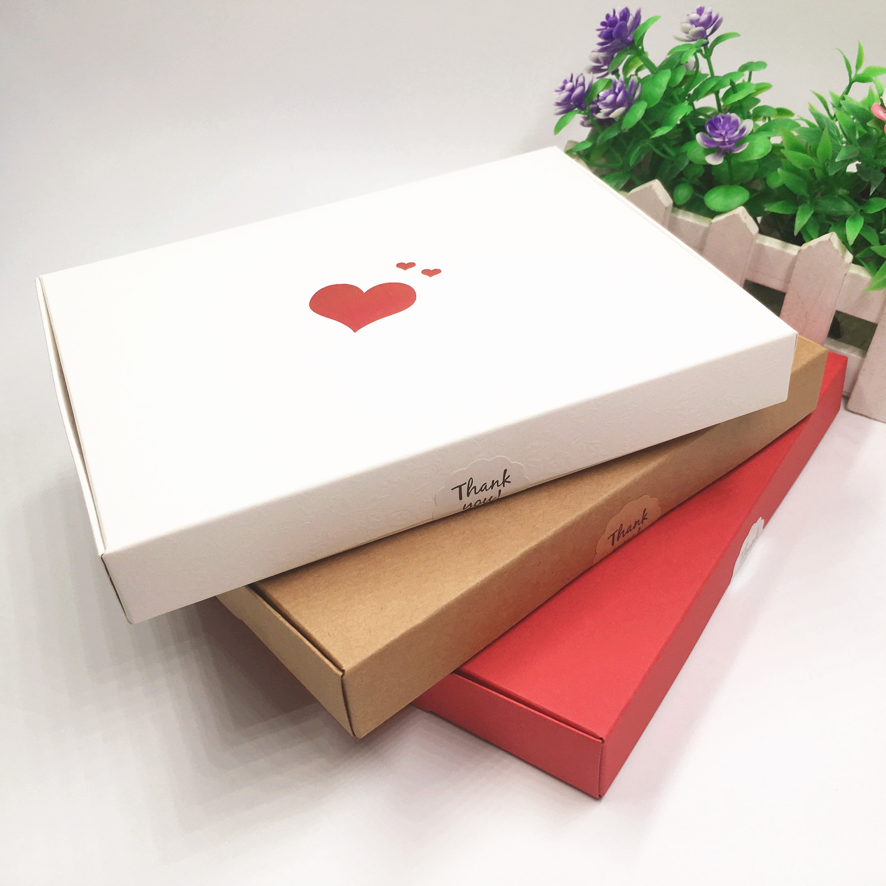 10pcs 20*15*2.5cm Thermoprinting Love-Heart Wedding Gift Boxes High Quanlity Kraft Paper Packaging Box For Jewelry/Scarf/Cookie