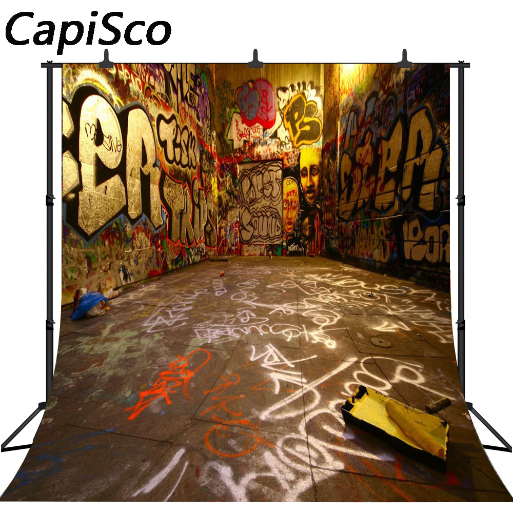 capisco photo background graffiti