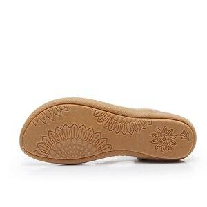 Image 5 - BEYARNE Schnelle lieferung Frauen sandalen 2018 weiche PU leder Strass sandalen frauen Sommer mode flip flops sandalen frauen schuhe