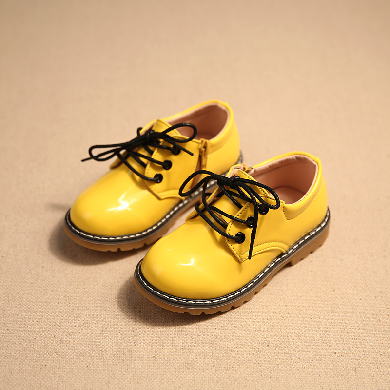 Дитяче взуття дівчатка хлопчики взуття 2017 Осінь мода мережива пу шкіряні черевики Zip водонепроникний випадковий малюк діти плоскі взуття