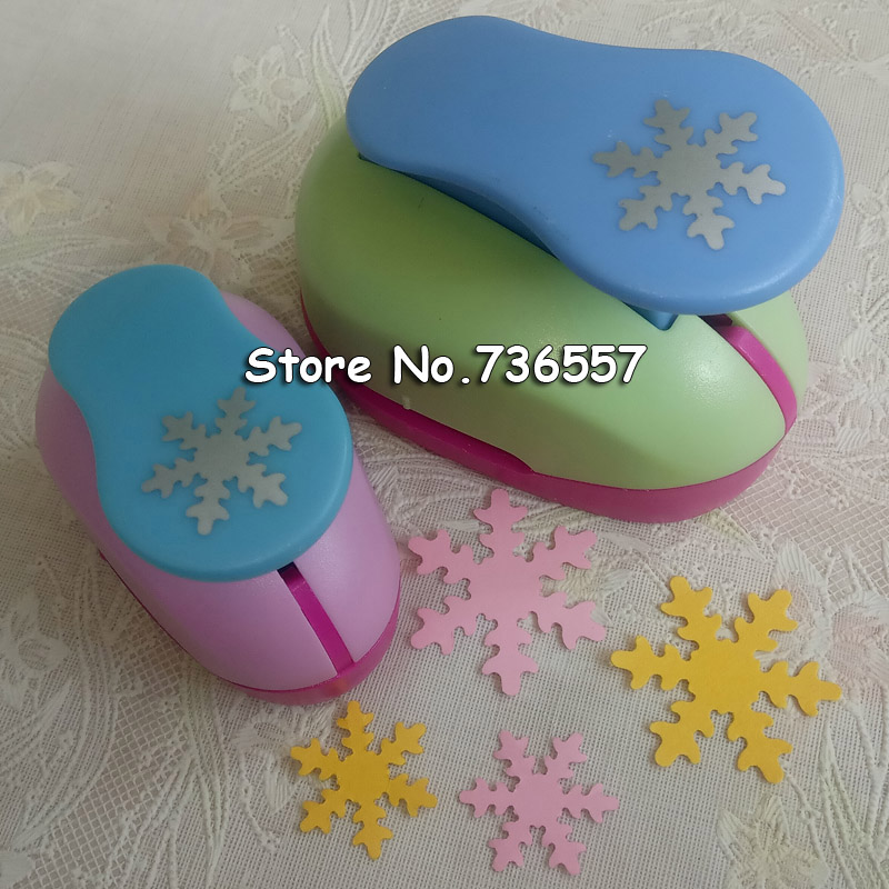 Hot Sale Christmas Snow Punch Craft 2pcs Snowflake (1pc 5/8