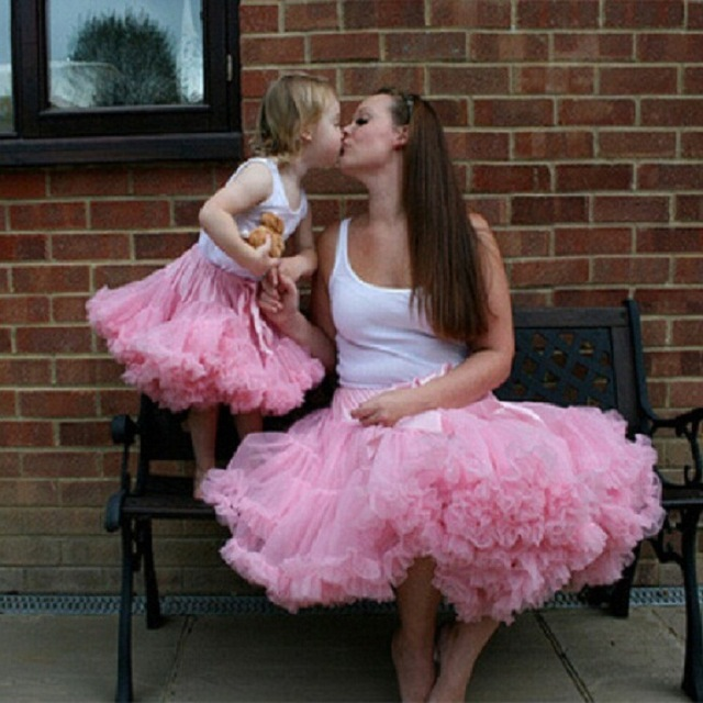 e655ca8aa4e870 2018 paternity kids bow Skirt autumn Europe style children tutu skirts adult  pettiskirt mother daughter matching clothes pink