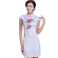 White Flower Lady Chinese Ethnic Dress 2018 New Embroidery Floral Mini Cheongsam Slim Vintage Mandarin Collar