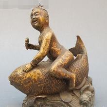 Китай Народная Сбор Классическая Бронза Очаровательны Мальчика Поездка Рыба Лаки Статуя