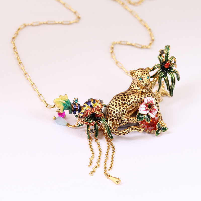 Juicy Grape Fashion Leopard Red Crystal Necklace Tassels Gold Chain Enamel Flower Pendants Necklace For Women