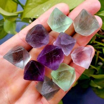 f5bfa4f8fc85 Diez cristales de fluorita octagonales raro gema piedra original espécimen