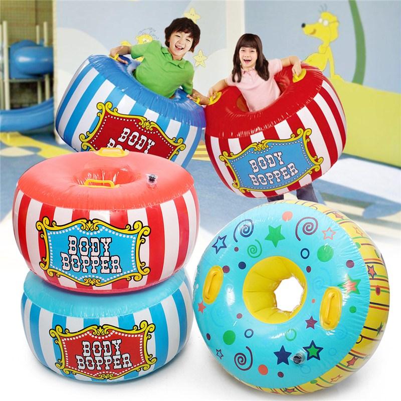 цена Inflatable Bumper Ball Body Zorbing Ball Bubble Soccer Football Kids 3 Color Children's Toys Bubble Ball Funny Game онлайн в 2017 году