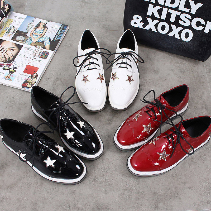 2017 New Spring Black Round Toe Casual Shoes For Women Patent Leather Fashion Lace-up Platform Lady Red Stars Lace Up Breathable 2017 new women shoes genuine leather casual shoes flats breathable lace up soft fashion brand shoes comfortable round toe white