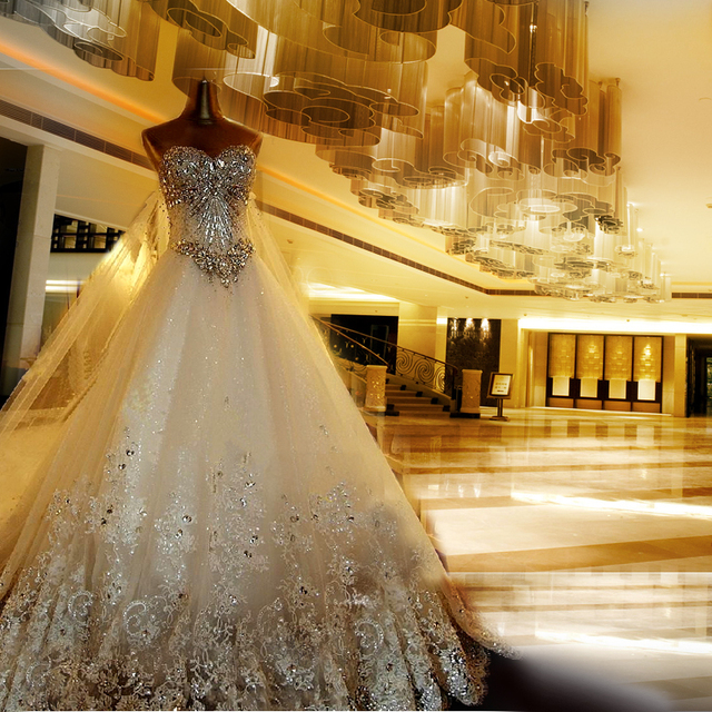 Charming White Wedding Gowns Robe De Mariee Mariag Luxury Crystal Ball Gown