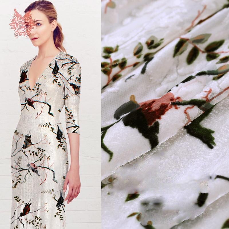 Tissu en soie de flocage floral de style américain pour coudre le tissu de velours de soie de rayonne pour la robe 8mm tissu livraison gratuite SP2813