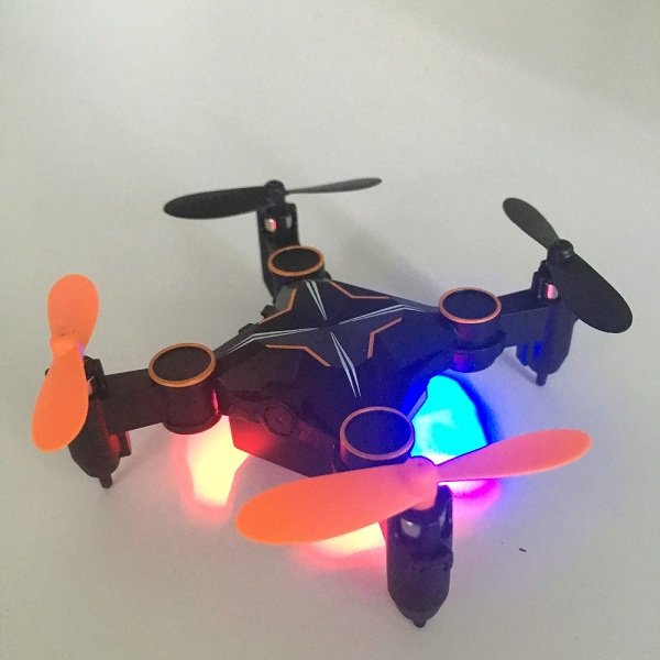 901HS_Mini_RC_Pocket_Drone_2.4G_6Axis_with_0.3MP_Camera_Wifi_FPV_Altitude_Hold_Foldable_Quadcopter_14