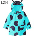 LZH 2017 Spring Children Jacket Girl Windproof Waterproof Outerwear Coat Kids Girl Cartoon Hooded Raincoat Coat Children Clothes
