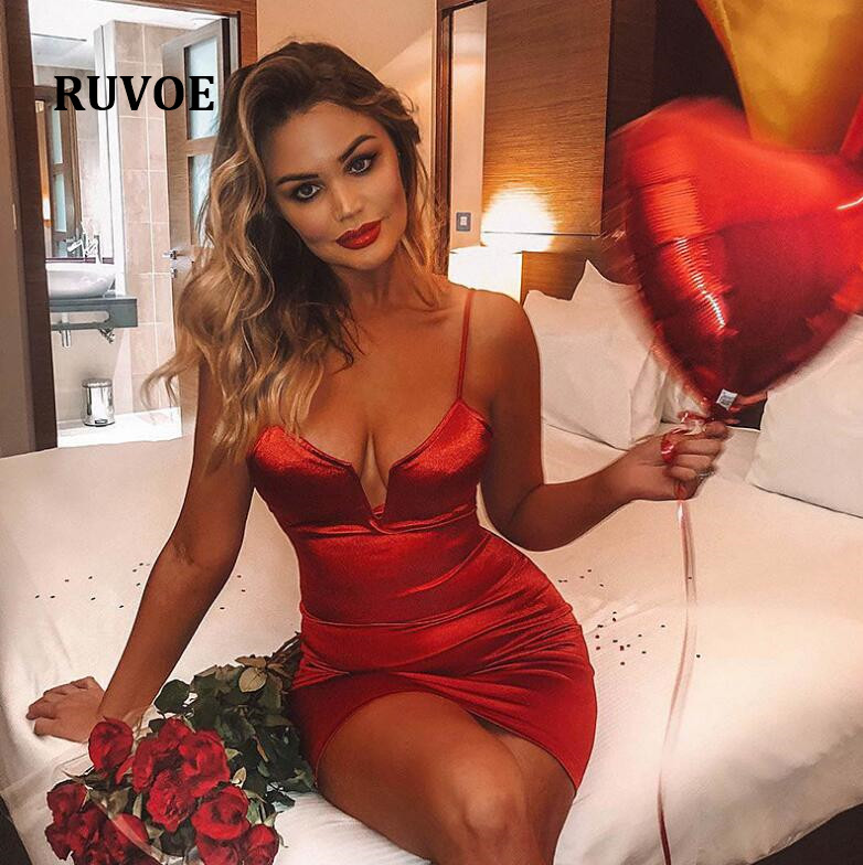 Satin Slik Spaghetti Strap Bodycon <font><b>Dress</b></font> <font><b>Red</b></font> Autumn Sleeveless Backless <font><b>Sexy</b></font> Midi <font><b>Dress</b></font> <font><b>Christmas</b></font> Party <font><b>Dress</b></font> Vestidos YFL-063 image