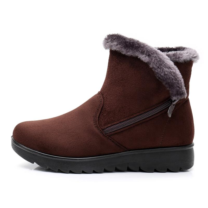 b89bec54 Invierno mujeres botas nueva moda Flock Wedge plataforma negra caliente del invierno  botas de nieve zapatos femeninos madre más tamaño 183 en Botines de ...