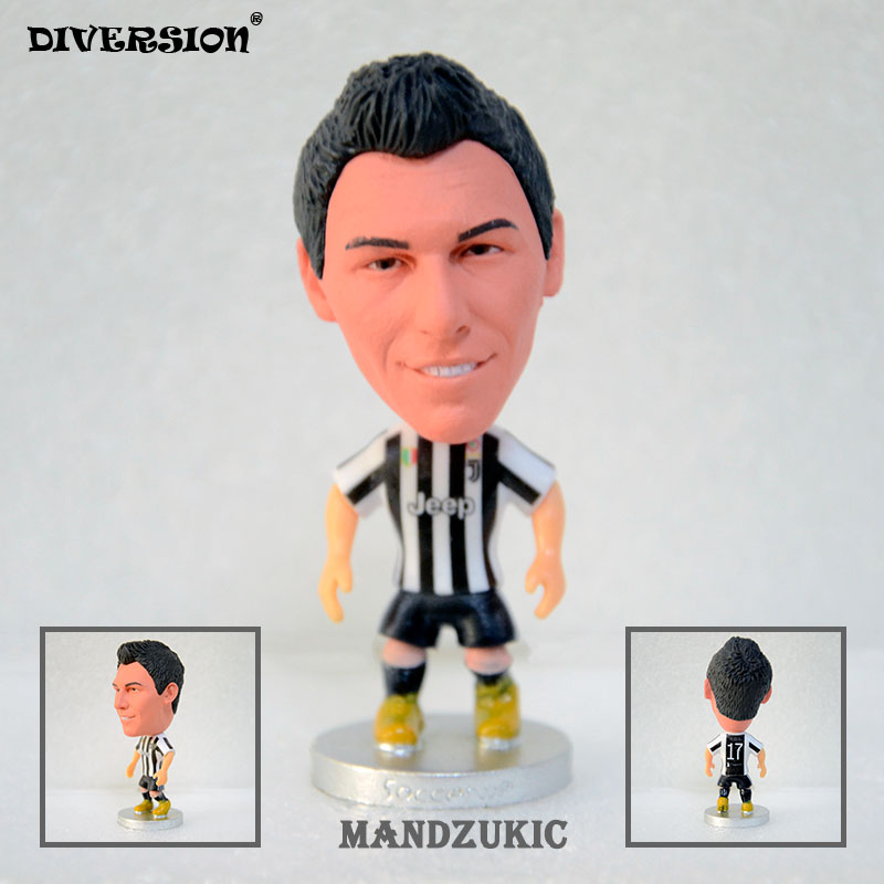 Soccer football Player Dolls 17# Mandzukic (JUV 2017-2018) 2.5 footballer toys Figurine soccerwe