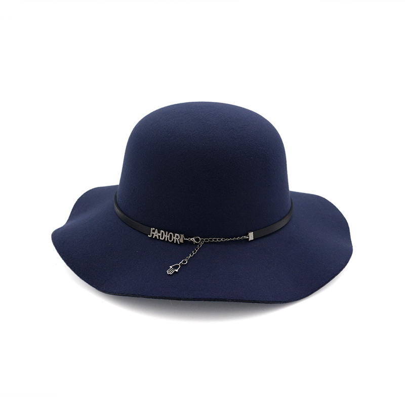 69cd033385730 Autumn Winter Women Wool Felt Fedoras Hat with Belt Chain Fashion Lady Wide  Brim Trilby Hats