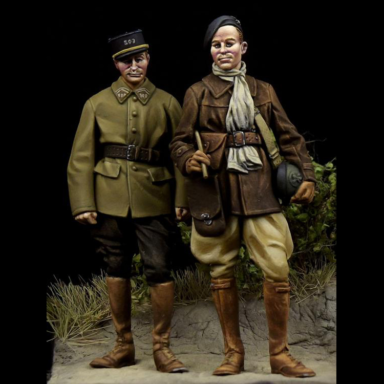 1:35 WWII French Soldiers High Quality Resin Kit 2 Figures