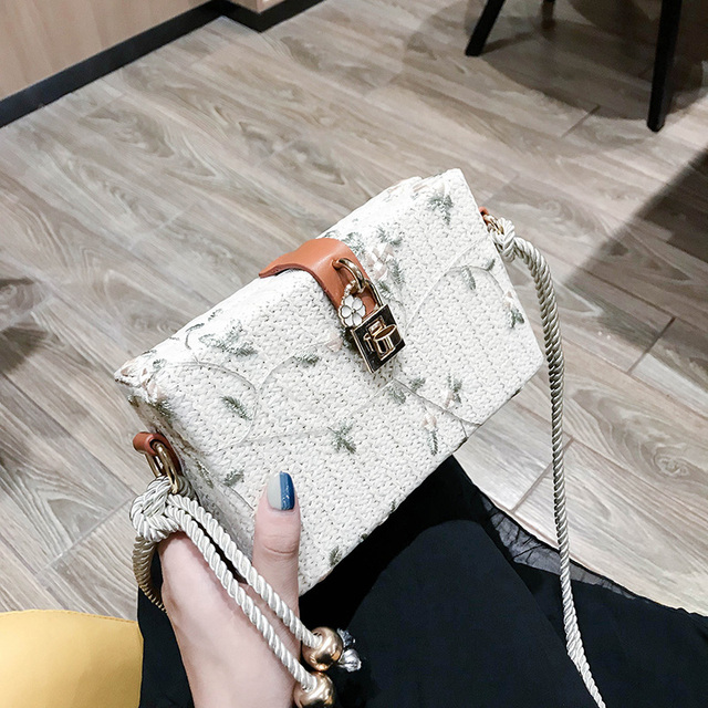 Toposhine Fashion Lace Small Box Bag Female New High Quality Casual Wild Temperament Shoulder Messenger Bag