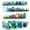 5 unids/lote Thomas y sus amigos niños juguete de madera de dibujos animados trenes magnéticos modelo Great Kids navidad regalos para los niños