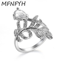 MFNFYH Shiny Zircon Crystal Waterdrop Leaf Engagement Rings For Women Party Gift Silver Color Wedding Band