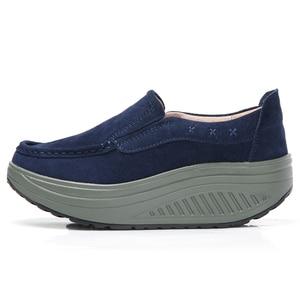Image 3 - حذاء نسائي مسطح للخريف 2020 من STQ حذاء رياضي نسائي ذو نعل سميك حذاء غير رسمي من الجلد السويدي حذاء رياضي مسطح سهل الارتداء 2122