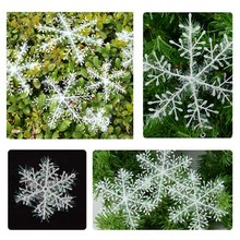 цена на 30pcs/lot Christmas White Snow Flake Snow String Christmas Decor Festival Party Ornaments Xmas Supplies Christmas Tree Ornaments