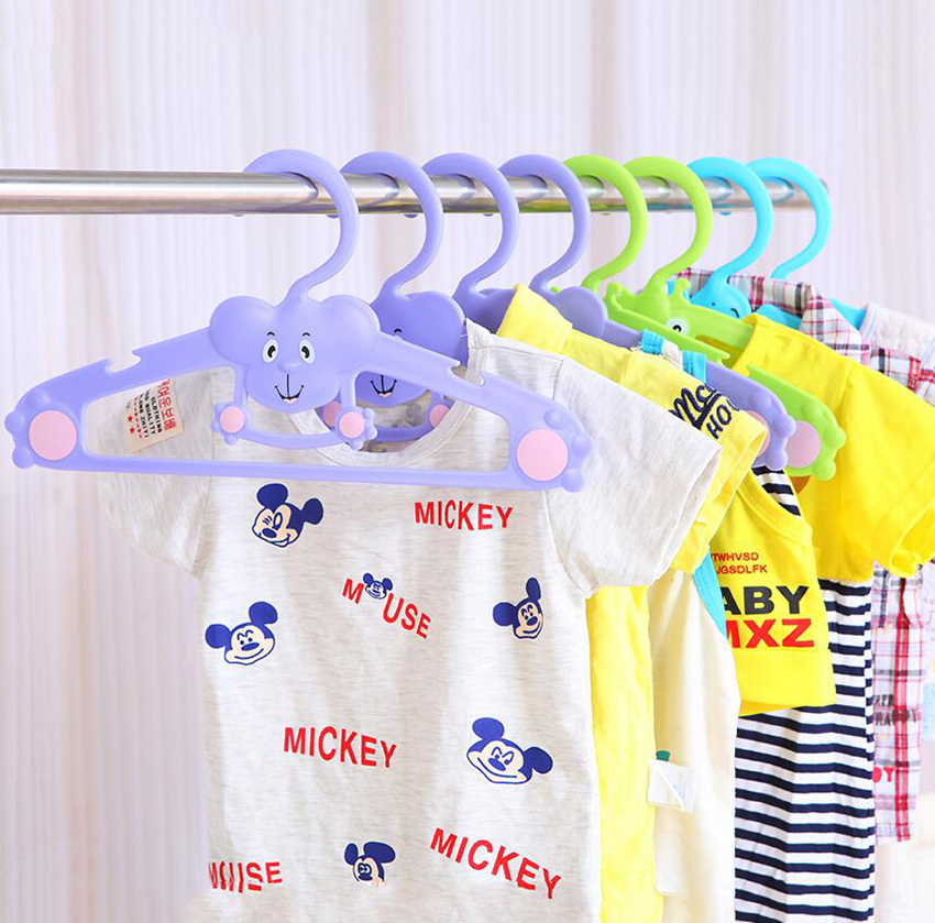 Cintres mignons colorés d'animaux de bande dessinée pour bébés enfants enfants, support de cintre de vêtements de bébé de bébé d'éléphant adorable d'éléphant (6pcs / lot)