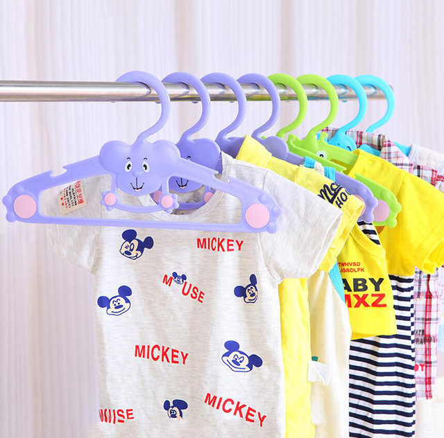 Colorful Cute Cartoon Animals Hangers For Baby Children Kids