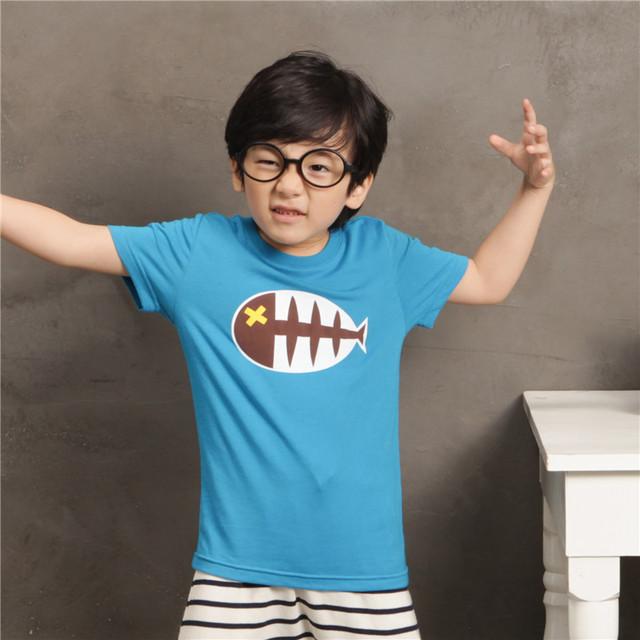 Frete Grátis! original projetado premium 100% algodão jersey com espinha de peixe impressão de manga curta camiseta do menino. exclusivo!