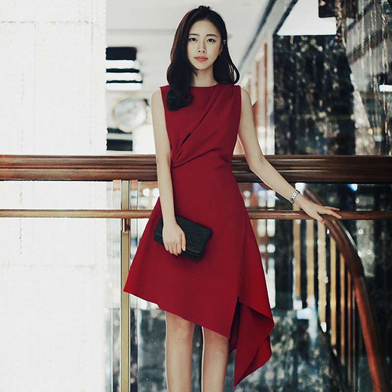sexy temperament round collar sleeveless dresses of cultivate morality is irregular a word red dress in the summer