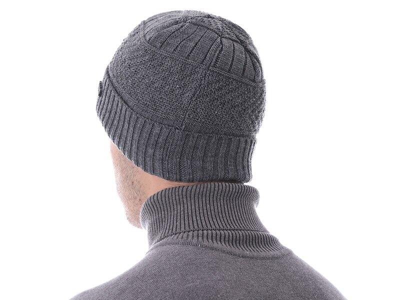 قبعات مع وشاح للرجال 19