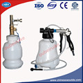 2 UNIDS Agarre Tipo Extractor de Aceite Líquido de Frenos Purga De Vacío Neumática Sangrador Del Freno