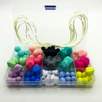 2017 new silicone teether baby DIY crafts set pacifier clips crib toy safe and natural Silicone Bead teether necklace pendant
