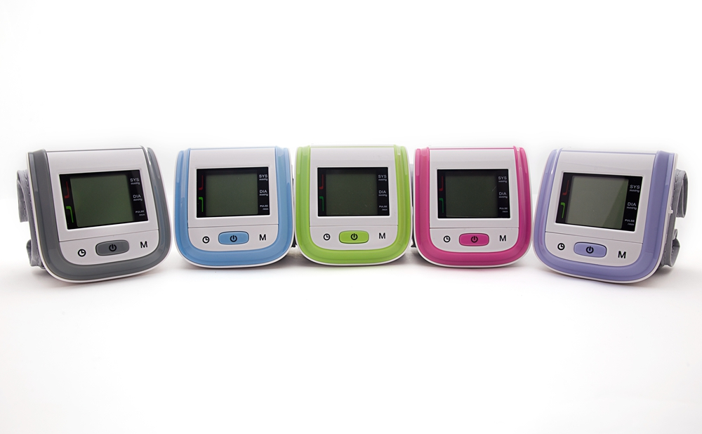 arm wrist blood pressure monitor (12)
